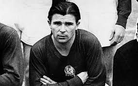 ferenc puskas, the Hungarian legend, all time football legends,  best retired football players, retired footballers,  top 10 soccer legends, list of best footballers in the world, list of soccer legends