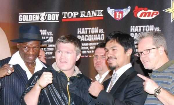 Manny Paquiao with trainers, net worth of manny pacquiao